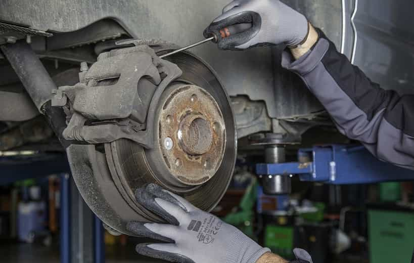 How To Get Air Out Of Brake Lines Without Bleeding